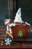 Wintry chocolate 'O Christmas Tree' loaf cake