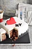 'I love NY' fondant icing cake for New York fans