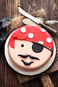 Fondant icing cake for little pirates