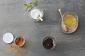 Natural sweeteners: honey, maple syrup, birch sugar and coconut blossom sugar (sugar substitutes)