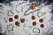 Schokoladen-Bärentatzen mit Mandelsplittern