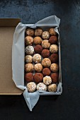 Energy balls, rolled in cocoa, coconut flakes or cinnamon sugar