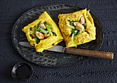 Pancake parcels filled with chicken, ginger and celery (Asia)