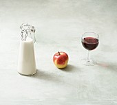 Milk, apple and red wine (contain histamines)