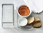Würzige Möhrenbutter mit Tomatenmark (laktosefrei)