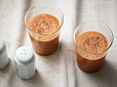 Carrot and kohlrabi smoothie with pepper (lactose-free)