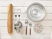 Kitchen utensils for making pavlova