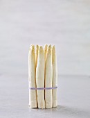 A bunch of white asparagus