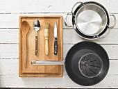 Kitchen utensils for preparing mushroom risotto