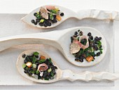 Spotted beluga lentils with Black Forest ham
