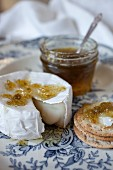 Warm Brie and Jalapeno Jelly