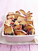 Bread bake with berries