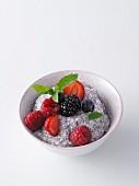 Chia-Pudding mit frischen Beeren