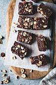 No-bake hazelnut ganache brownies, gluten-free, vegan, refined sugar-free