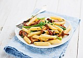 Pasta with chanterelles mushrooms