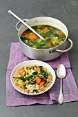 Minestrone with chicken, leek, spinach, corn and wholemeal pasta