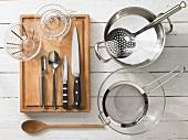 Kitchen utensils for preparing artichokes