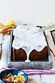 Pistazien-Zitronen-Kuchen mit Glasur