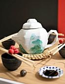 Dekorative japanische Teekanne