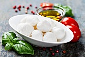 Mozzarella with tomatoes and basil