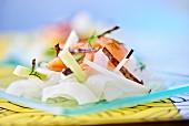 Konjac salad with salmon