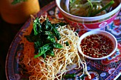 Fried noodles with thai basil