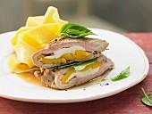 Gefüllte Kalbsschnitzel mit Mango und Mozzarella
