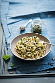 Spaghetti with pumpkin seed pesto