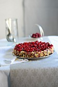 Cherry pie with almond flakes