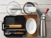 Kitchen utensils for the preparation of fried figs with Parma ham and mascarpone cream