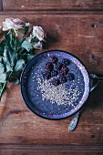 Blackberry smoothie bowl