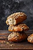 Spelt mash bread rolls