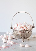 Peppermint Meringue kisses