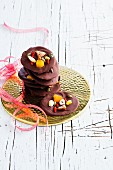 Mendiants (Schokoladenkonfekt mit Nüssen und Trockenfrüchten, Frankreich)