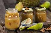 Pear jam with walnuts and vanilla