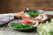 Peas with prosciutto
