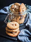 Gluten and sugar free flowerless millet coconut almont cookies
