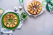 Windrad-Blätterteigpie mit Bacon, Oliven und Pesto und Schokoladen-Haselnuss-Pie