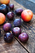 Assorted plums