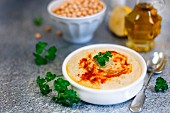 Hummus mit Paprika