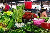 Gemüsestand auf einem Markt, Thailand