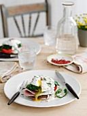 Eggs florentine with ham