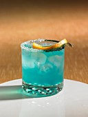 Blue Lagoon Cocktail mit Wodka