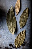 Dried bay leaves (top view)