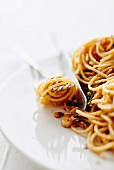 Spaghetti with anchovies and garlic
