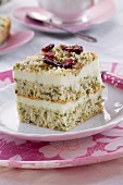 Spinach cake with cranberries