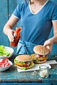 Vegetarische Lupinen-Burger mit Sprossen