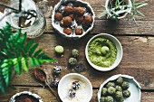Green matcha energy balls