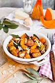 Kürbisgnocchi mit Salbei und Parmesan