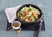Pointed cabbage salad with fried noodles